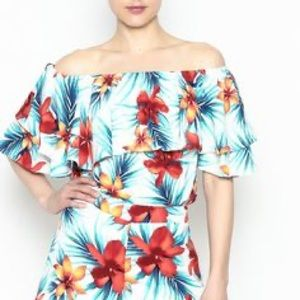 IZZY & LOLA | Bay Breeze Tropical Floral Print Top